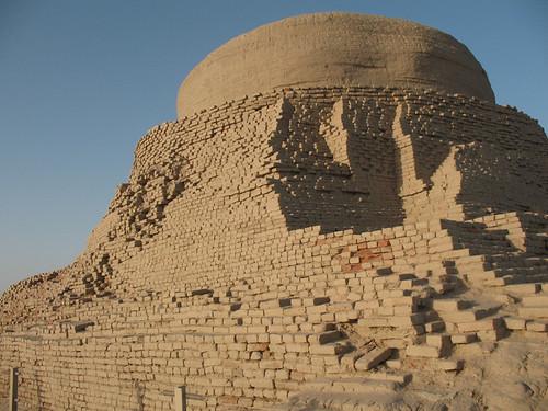 Buddhist Stupa , Mohenjo-daro Larkana