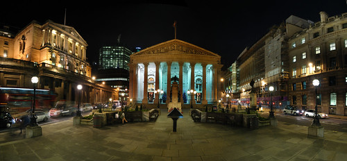 Buried under the bustling modern London is the remains of our ancient past. Image Credit to Ian Muttoo.