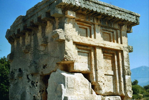xanthos house tomb