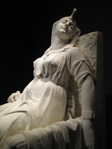 Cleopatra Closer