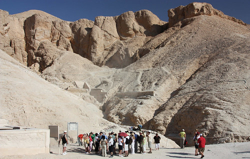 Waiting to enter Tutankhamun's tomb.