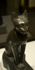 Louvre bastet the cat