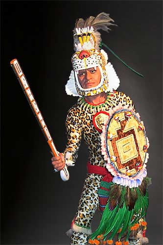 Mixed Media Sculpture of an Aztec Leopard Warrior wielding a<br /> macuahuitl by American artist George Stuart. Image courtesy of the<br /> Historical Figures Foundation, Ojai, California.