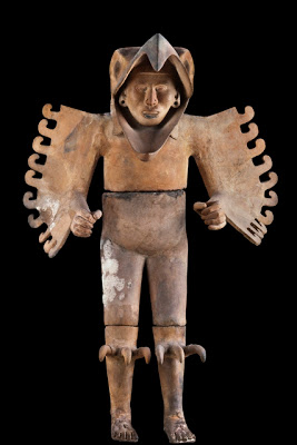 Aztec Eagle Warrior, Terracotta, 1440-1469. CONACULTA-INAH-MEX  foto zab. Reproduction authorized by the National Institute of Anthropology and History.