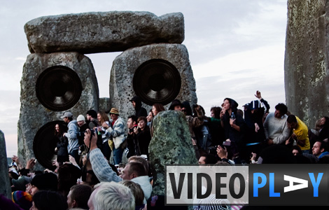 No electrically powered music devices (read soundsystems) are allowed at the Stonehenge Solstice celebrations, but that doesn't mean there's no music... - Click to watch the video