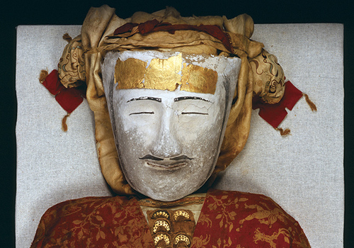 We all know the face of the Xiaohe Beauty, but what about the Yingpan Man? His clothed mummy - excavated at Yingpan, China - dates to the 3rd to 4th century AD. - Image copyright Xinjiang Institute of Archaeology
